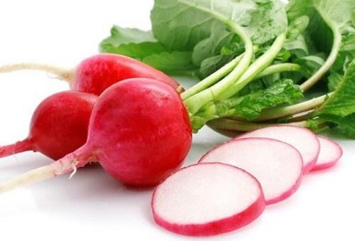 Củ cải đỏ hỗ trợ điều trị bệnh trĩ