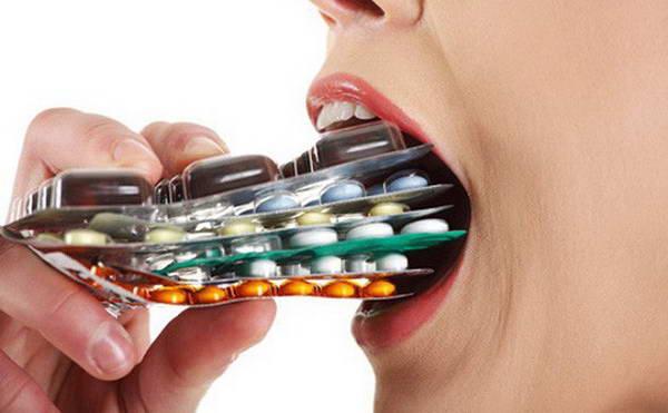 Không nên tự ý dùng thuốc để điều trị bệnh trĩ