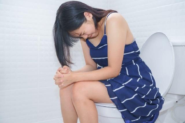 Tìm hiểu những triệu chứng táo bón ở người lớn